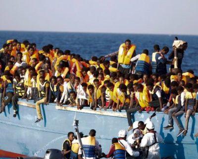 Religionsgemeinschaften fordern mehr Schutz für Flüchtlinge
