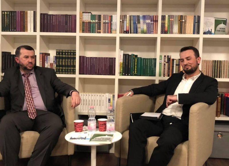 Promovim i dy librave në Xhaminë e Reinachut