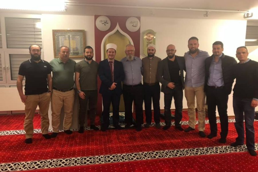 Kryetari i UBISHZ-së vizitoi xhaminë shqiptare në Diessenhofen